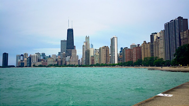187/365. a morning run along the chicago lakeshore.