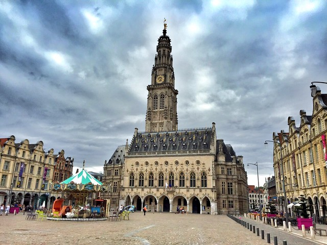 Plaza de los Héroes en Arras (Nord-Pas de Calais, norte de Francia)