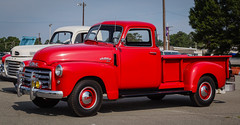 chevrolet advance design(0.0), ford(0.0), hot rod(0.0), automobile(1.0), pickup truck(1.0), vehicle(1.0), truck(1.0), antique car(1.0), land vehicle(1.0), motor vehicle(1.0),