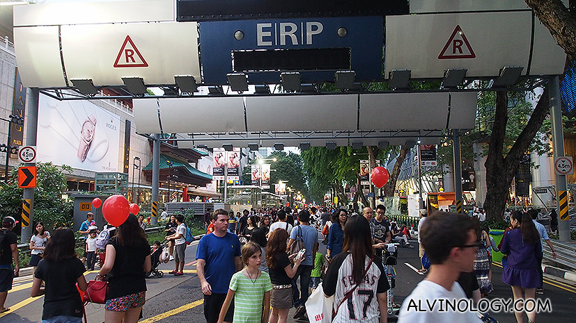 Go for a Walk at Pedestrian Night on Orchard Road - Alvinology