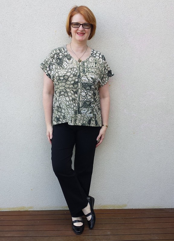 True Bias Sutton blouse in silk remnant from Tessuti with Style Arc Wendy pants in Style Arc bengaline