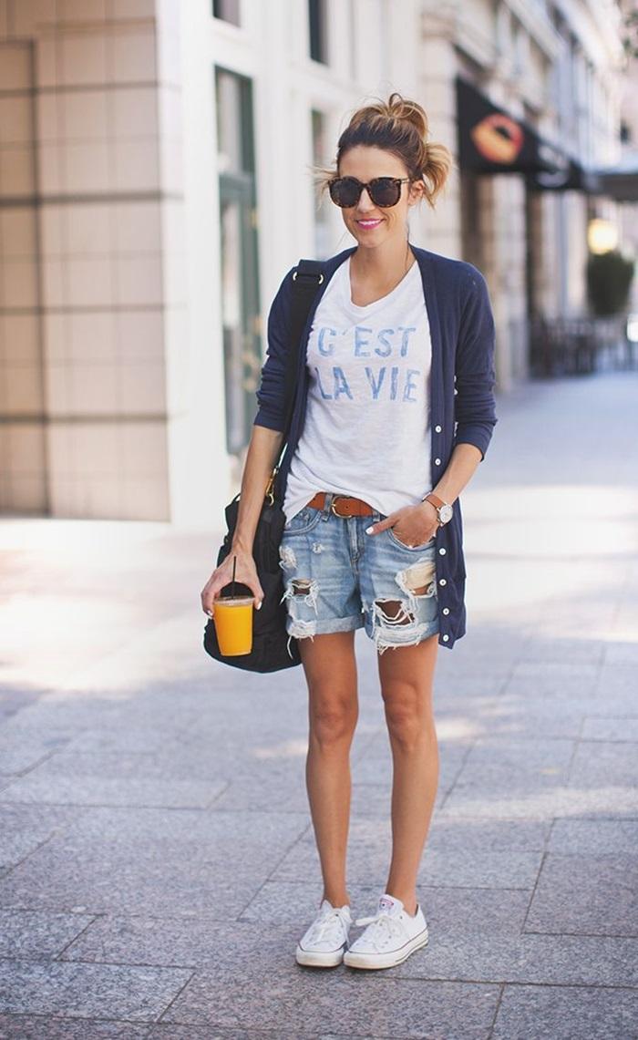 denim-shorts-street-style-25