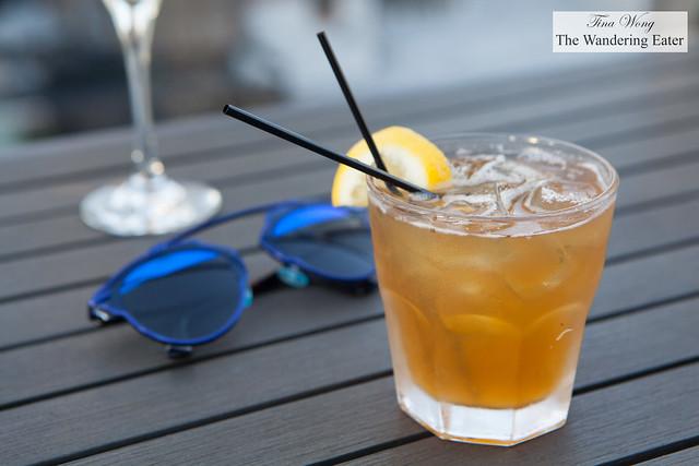 Sunny Honey cocktail