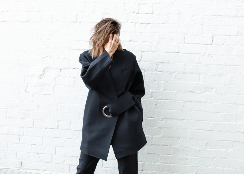 modern legacy, fashion blog, JACQUEMUS designer navy coat, buckle detail, oversized, tie sash, street style (1 of 1)