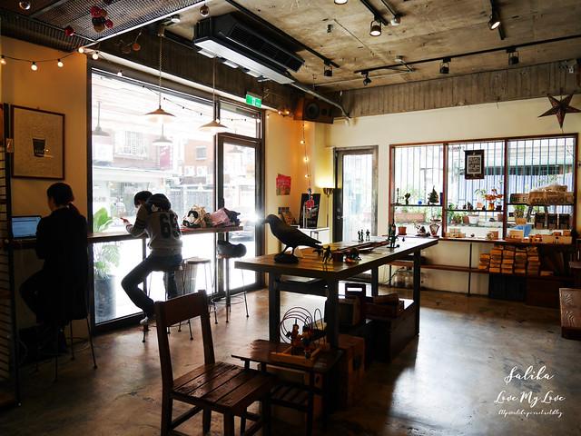 台北小巨蛋站附近咖啡館餐廳小破爛咖啡CAFE JUNKIES (27)