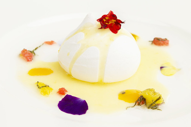 Passionfruit pavlova© ROH. Photograph by ROH Restaurants, 2017