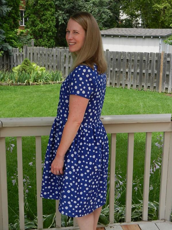 Beatrix dress side/back