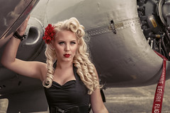 Pin up & planes