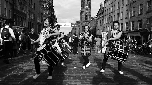 Edinburgh Fringe on the Mile 2015 012