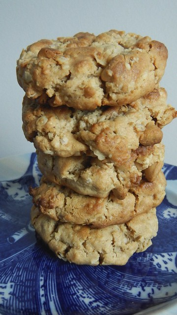 Peanut Butter Oatmeal Cookies 15