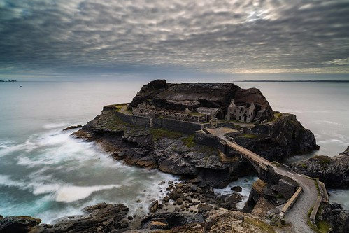 longexposure sunset sea cliff seascape france landscape brittany fort wide bretagne wideangle breizh goldenhour crozon ultrawideangle roscanvel kraozon parcnaturelrégionaldarmorique îlotdescapucins