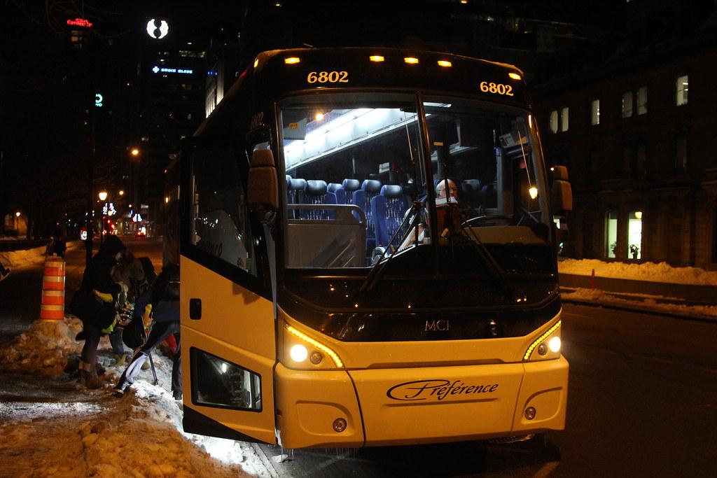 Autocar Préférence MCI J4500 6802