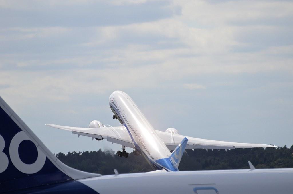Boeing 787-9 Dreamliner N789EX ZB001