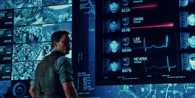 Jurassic-World-Trailer-Still-36-700x353