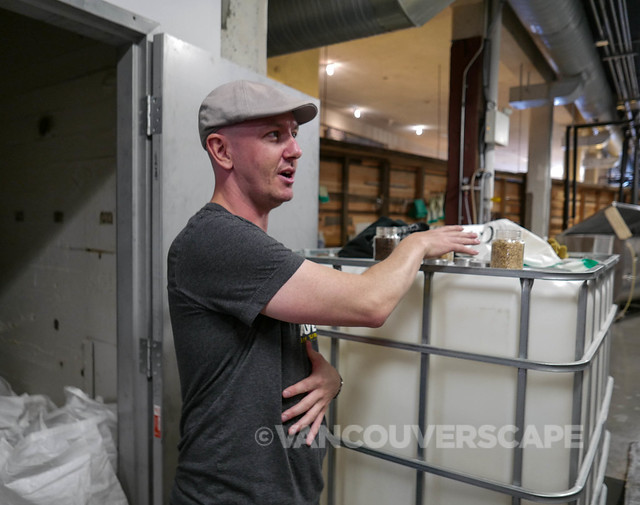 Vancouver Brewery Tour/Behind the scenes at Brassneck Brewery