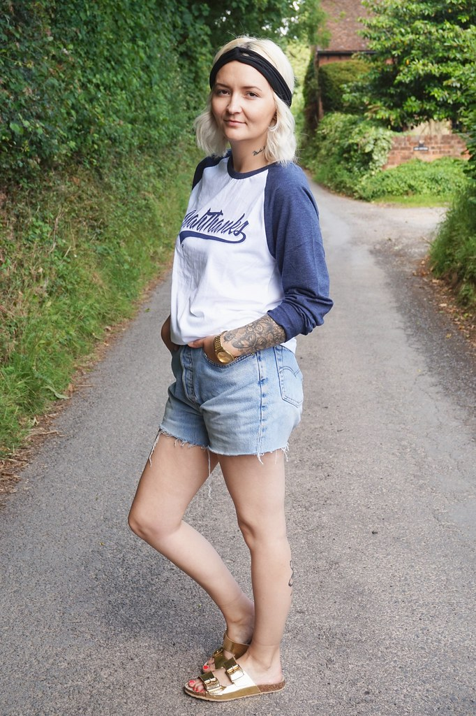 casual style street style personal style blog baseball tee denim shorts