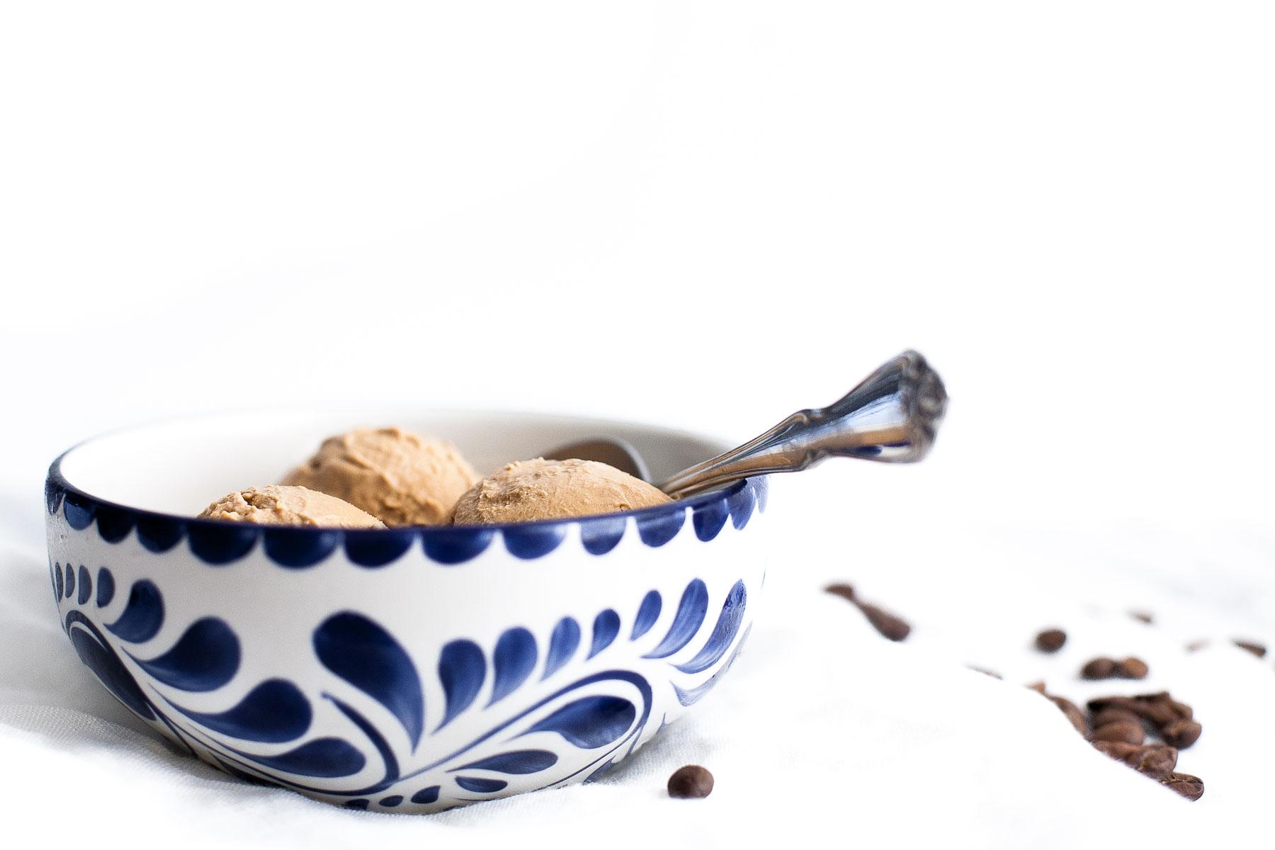 No-Churn Mocha Ice Cream (sweetened with maple syrup) | acalculatedwhisk.com
