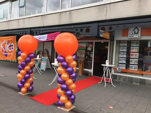 Ballonpilaar Breed Rond New York Pizza Actiedag Kika Hoogvliet Rotterdam
