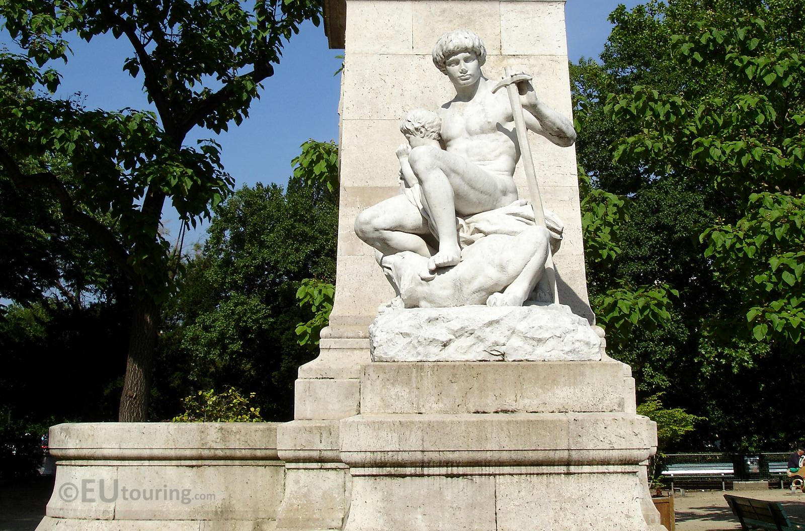 Replica statue on the monument