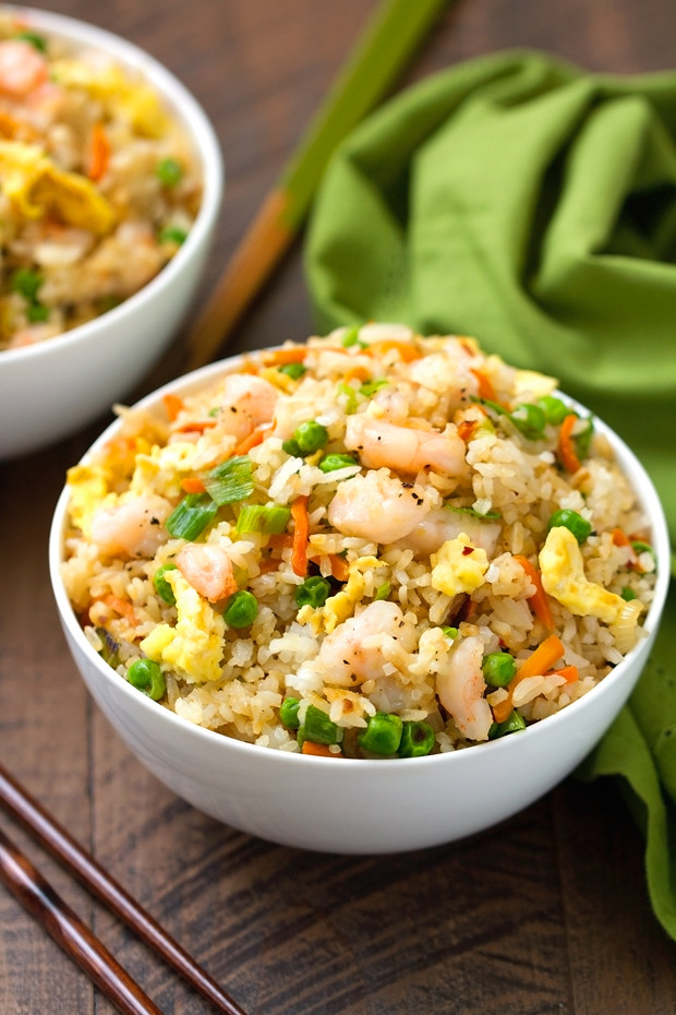 Easy Shrimp Fried Rice - 15 minutes and so flavorful that you'll never order TAKEOUT ever again! #friedrice #shrimpfriedrice #quickfriedrice | Littlespicejar.com