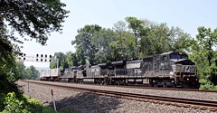 NS 8431 C40-8W ex CR 6251