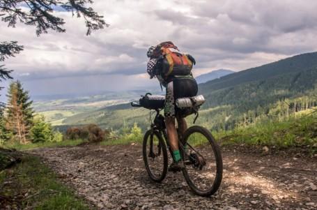 Hendikepovaný biker chce zdolat 1000 mil běžecky
