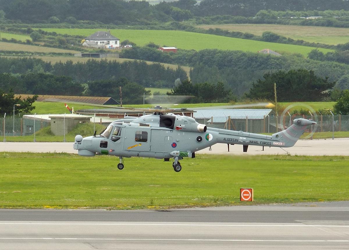 Super Lynx 300 أول صورة للنسخة الجزائرية مسلحة - صفحة 4 19478023131_69c4c2c1dd_o
