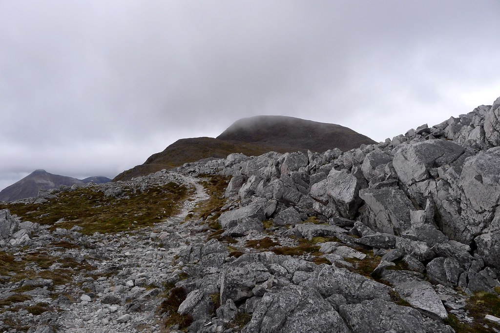 Mist over the summit of Maol Chean-dearg