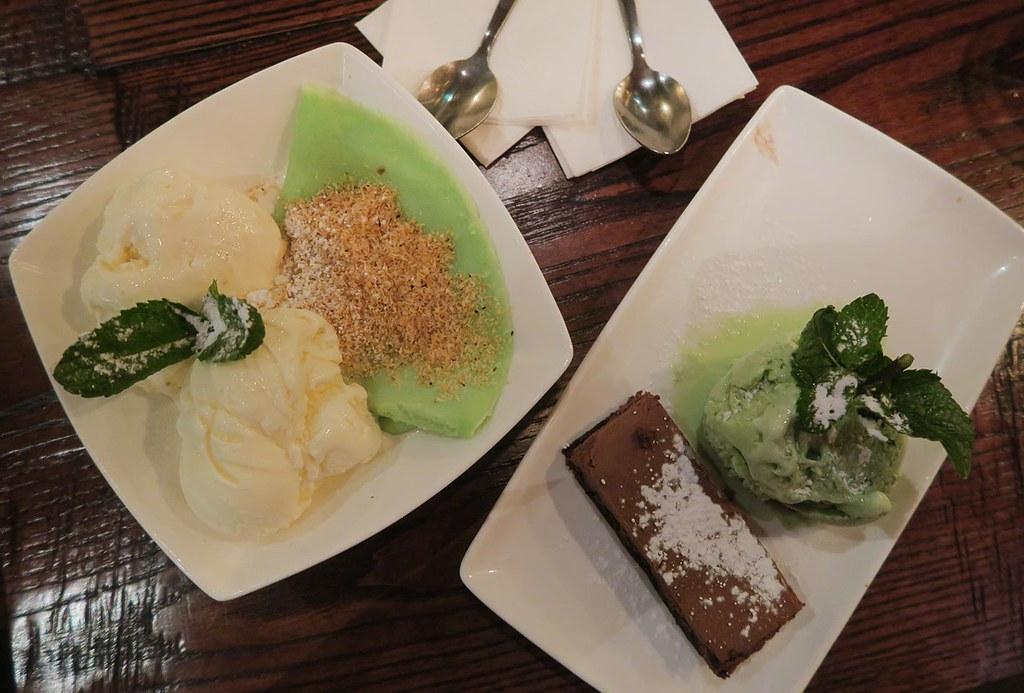 phocafe-desserts-pandan-with-ice-cream-and-matcha-green-tea