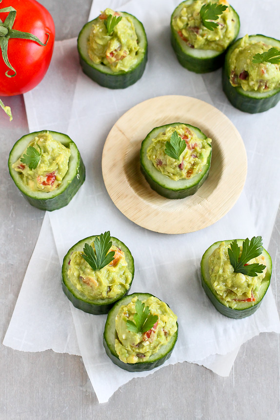 Greek Avocado and Feta Cucumber Cups...A superfoods snack!  43 calories and 1 Weight Watchers PP | cookincanuck.com #recipe #healthy