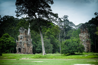 Image of  Baphuon Temple. siemreap 柬埔寨 nikonafnikkor85mmf14dif nikonafszoomnikkor1735mmf28difed nikonafsnikkor35mmf14g krongsiemreap nikondslrd810