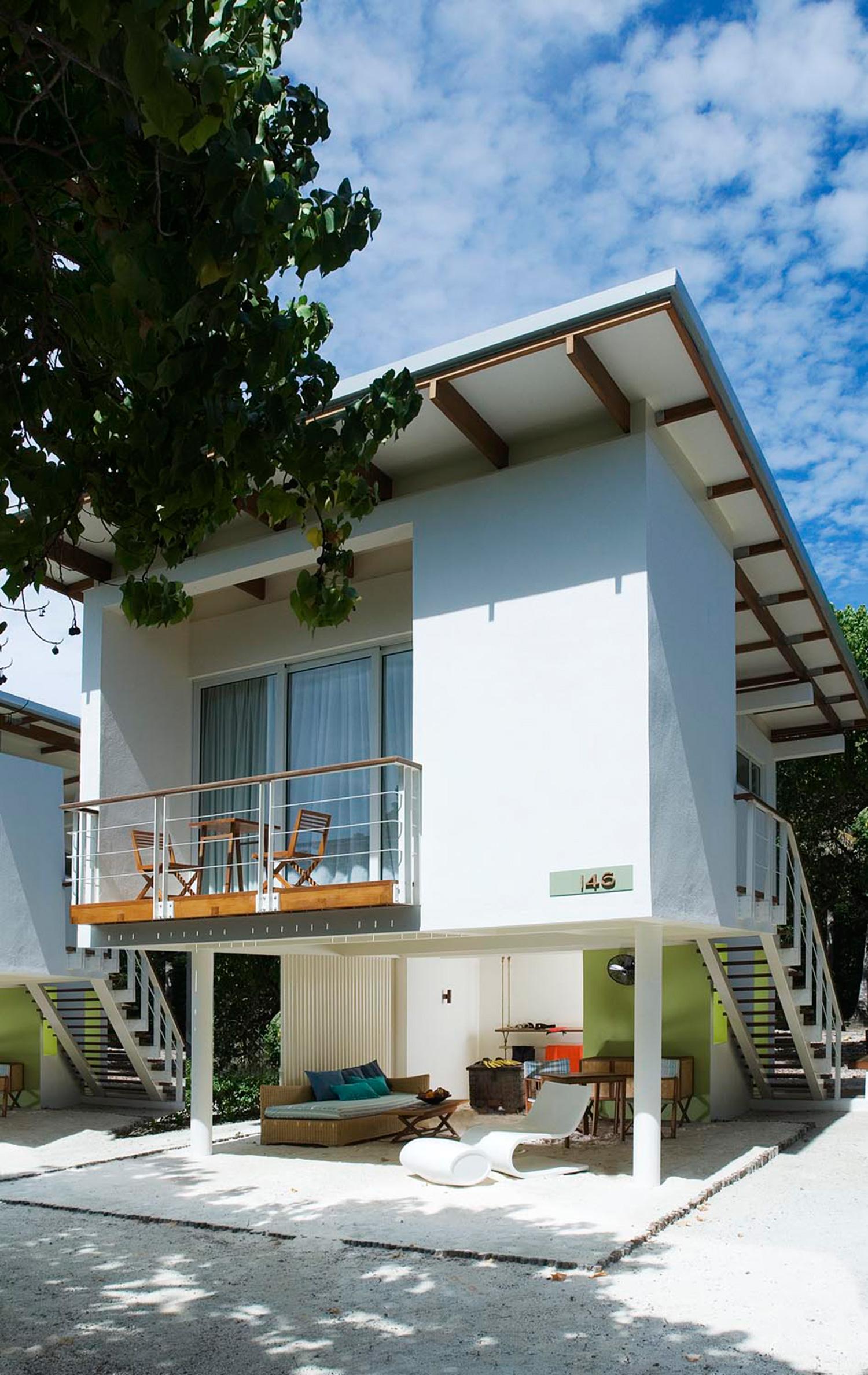 HolidayInnResortKandoomaMaldives_Beach-House