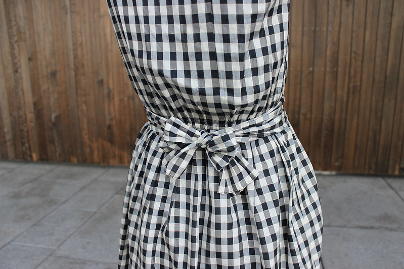 Preppy dress, Et dryss kanel