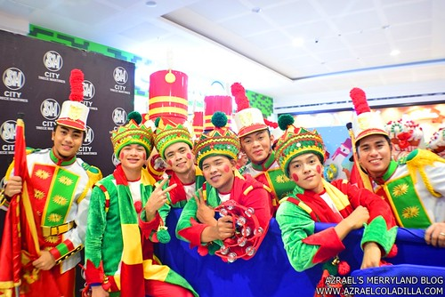 Grand Magical Christmas Parade in SM City Trece Martires (14)