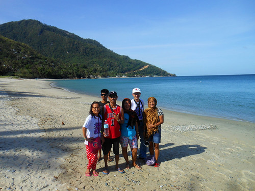 holiday vacation philippines family portrait beach sea sand coast water pilipinas filipijnen people southeastasia asia island philippine photo photography capture image