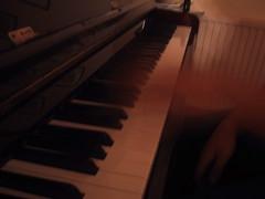 celesta, piano, musical keyboard, keyboard, fortepiano, electric piano, digital piano, player piano,