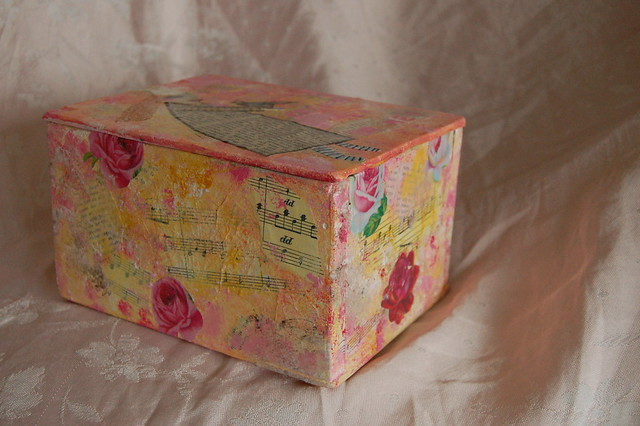 Painted wooden box Misty Mawn style