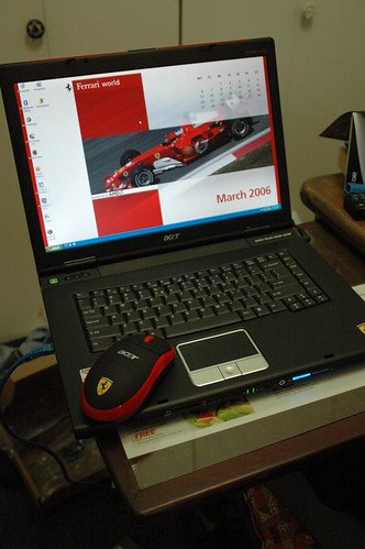 Ferrari desktop and mouse by travelcedric
