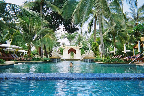 142960997 d774e6eba4 - Koh Samui resorts: Best for all types of vacation purposes
