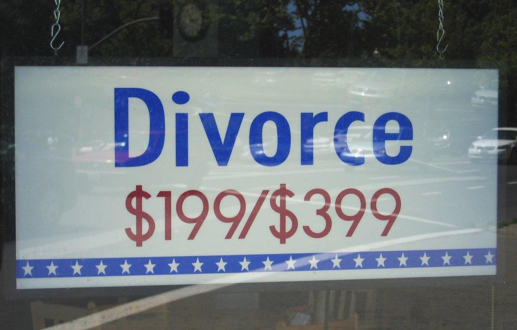 """Divorziare alla """"francese"""" Giudici baypassati dagli avvocati"""