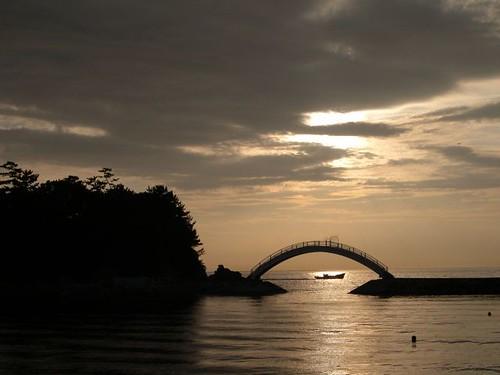 sunset sea sky silhouette japan geotagged ship 日本 brige bscklight geolat342920217 geolon1346545936