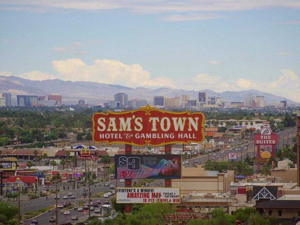 Hotels Near Paradise Valley Mall