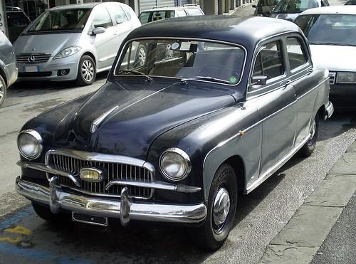 800px-Fiat_1400B(1900B)