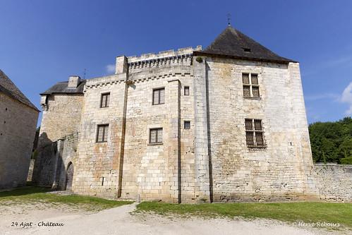24 Ajat - Château