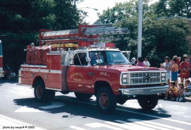 Sharon Hill PA Fire Co - Pierce Attack Pumper - 2001 photo