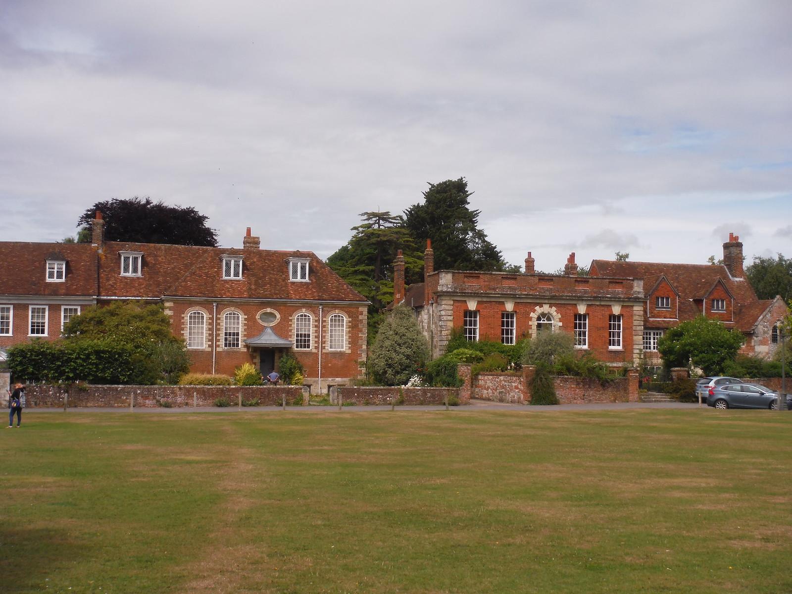 Choristers Green, Salisbury SWC Walk 254 Salisbury Circular