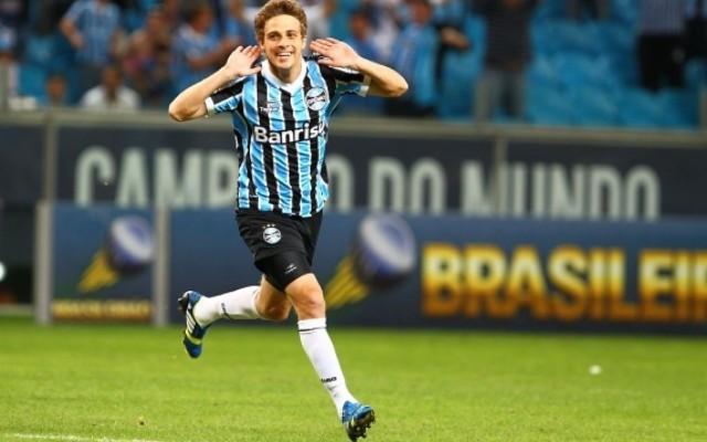 Prov�vel substituto de Douglas, Maxi Rodr�guez comemora oportunidade