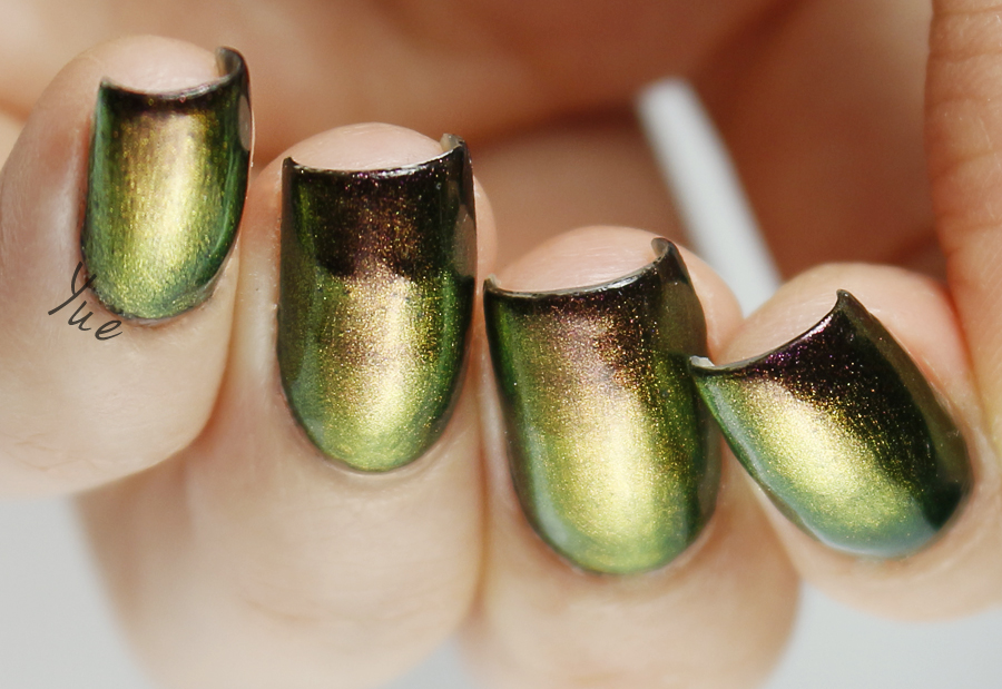 born_pretty_chameleon_polish_2