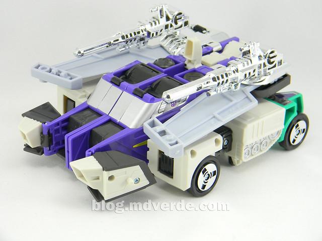 Transformers Sixshot G1 Reissue - Transformers Asia - modo camión