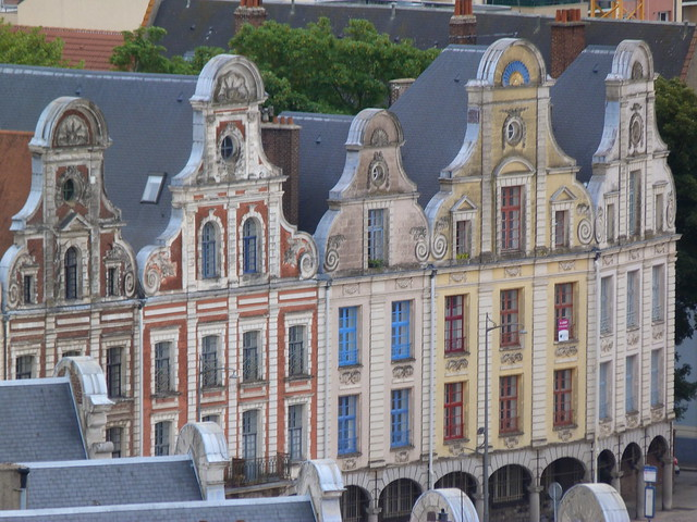 Fachadas de la Plaza de los Héroes de Arras (Nord-Pas de Calais, norte de Francia)